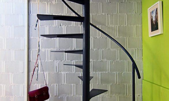 Escalera de caracol en hierro