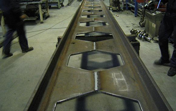 Fabricación y colocación  de estructura metálica