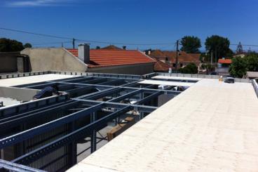 Montaje de las vigas del techo